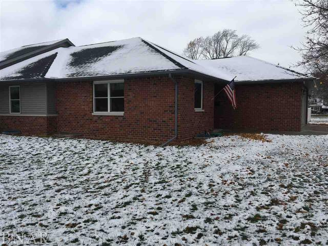 208 S Third, Chenoa, IL 61726 (MLS #10247994) :: The Mattz Mega Group