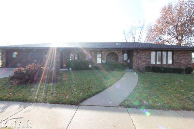 2605 Wellington Way, Bloomington, IL 61704 (MLS #10248030) :: Century 21 Affiliated