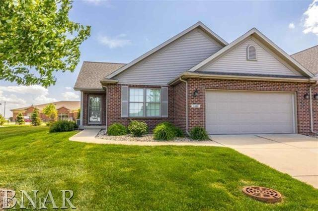 1347 Pine Forest Drive, Normal, IL 61761 (MLS #10248069) :: Janet Jurich Realty Group