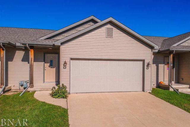 59 Oak Park Road, Bloomington, IL 61701 (MLS #10248343) :: Janet Jurich Realty Group
