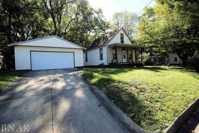 809 E Buchanan, Bloomington, IL 61701 (MLS #10248345) :: Berkshire Hathaway HomeServices Snyder Real Estate