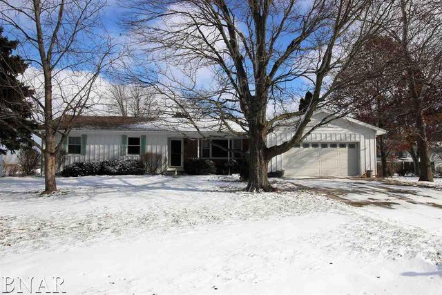 126 Hunt Street, Towanda, IL 61776 (MLS #10248394) :: Berkshire Hathaway HomeServices Snyder Real Estate