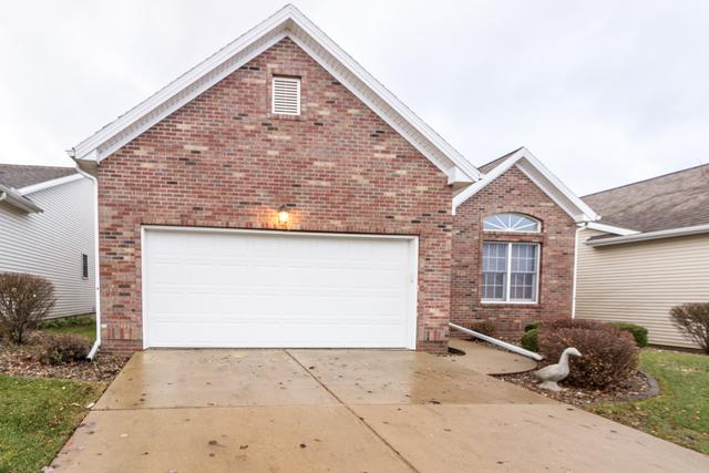 37 Crista Ann Court, Bloomington, IL 61704 (MLS #10248400) :: Janet Jurich Realty Group