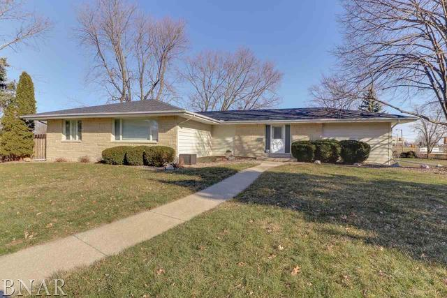8 Continental, Bloomington, IL 61701 (MLS #10248443) :: Janet Jurich Realty Group