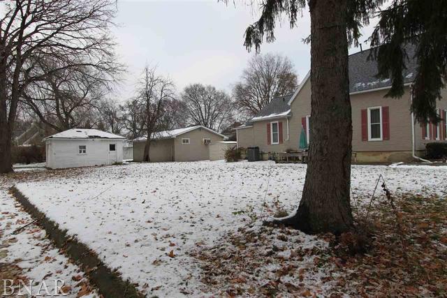 215 W Seminary, Bloomington, IL 61761 (MLS #10248558) :: Baz Realty Network | Keller Williams Preferred Realty