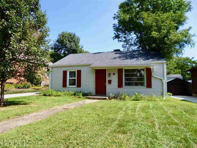 9 Briarwood Avenue, Bloomington, IL 61701 (MLS #10248668) :: Baz Realty Network | Keller Williams Preferred Realty