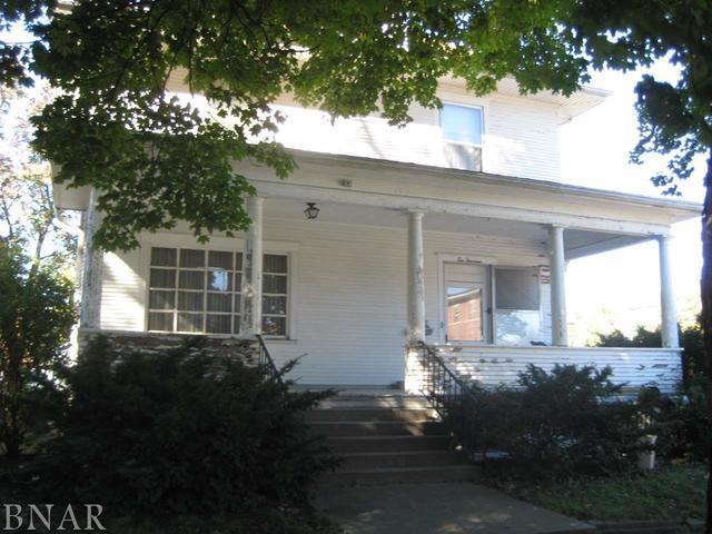 1014 N Mclean, Bloomington, IL 61701 (MLS #10248718) :: Berkshire Hathaway HomeServices Snyder Real Estate