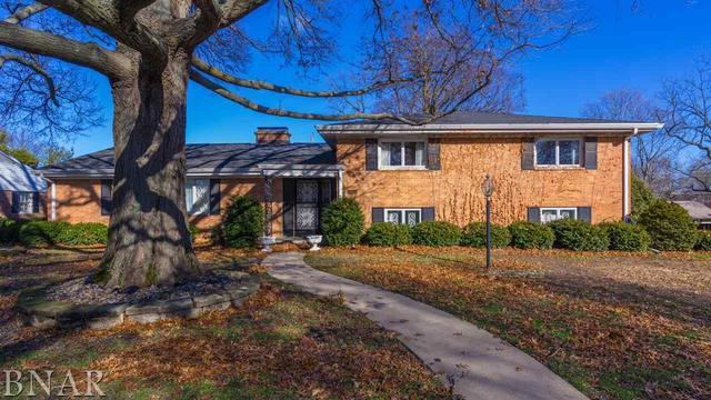 210 Imperial Drive, Bloomington, IL 61701 (MLS #10248820) :: Janet Jurich Realty Group