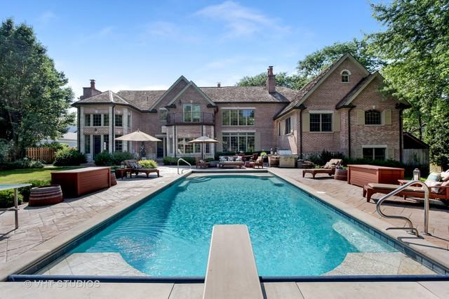 545 Somerset Lane, Northfield, IL 60093 (MLS #10249223) :: Helen Oliveri Real Estate