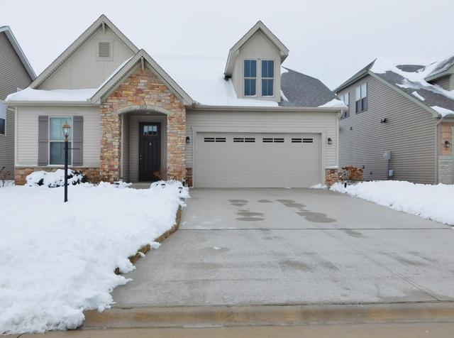 3112 Stanley Lane, Champaign, IL 61822 (MLS #10249385) :: Ryan Dallas Real Estate