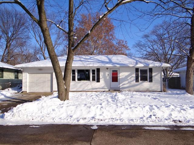 8 Elmwood Drive, Fisher, IL 61843 (MLS #10249469) :: Baz Realty Network | Keller Williams Preferred Realty