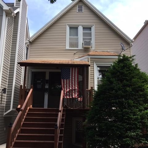 2903 N Seeley Avenue, Chicago, IL 60618 (MLS #10249795) :: HomesForSale123.com