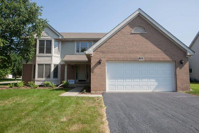 932 E Amberwood Circle, Naperville, IL 60563 (MLS #10249829) :: Ryan Dallas Real Estate