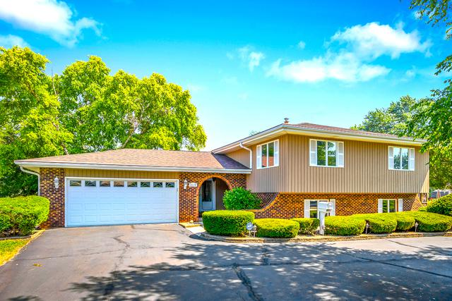 211 W Army Trail Road, Bloomingdale, IL 60108 (MLS #10249930) :: HomesForSale123.com