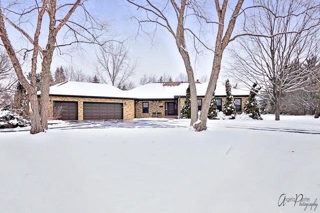 145 Glen Road, Hawthorn Woods, IL 60047 (MLS #10249945) :: Helen Oliveri Real Estate