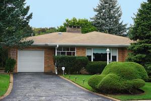 6644 N Knox Avenue, Lincolnwood, IL 60712 (MLS #10250368) :: Ryan Dallas Real Estate