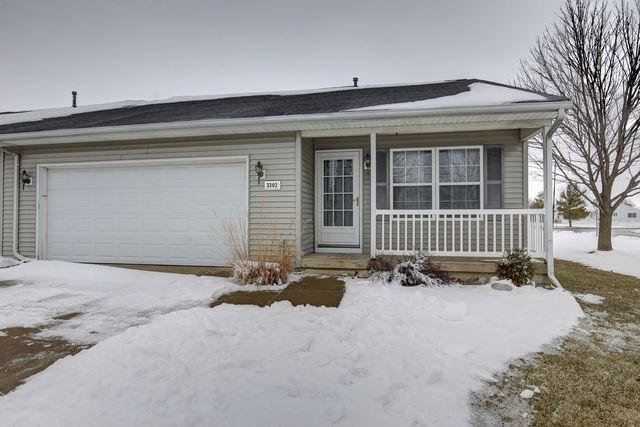 3302 Edward Hoffman Drive, Champaign, IL 61822 (MLS #10250404) :: Ryan Dallas Real Estate
