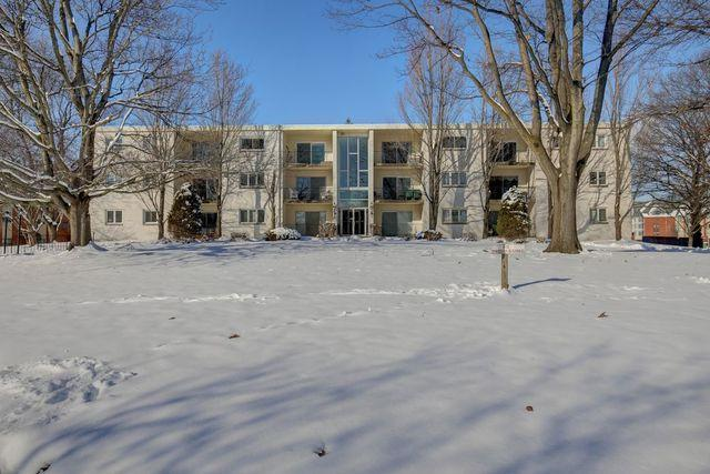 1004 E Harding Drive #203, Urbana, IL 61801 (MLS #10250739) :: Ryan Dallas Real Estate