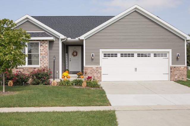 2024 Prairie Grass Lane, Mahomet, IL 61853 (MLS #10251171) :: Ryan Dallas Real Estate