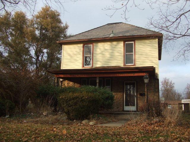 320 E Thompson Avenue, Hoopeston, IL 60942 (MLS #10251660) :: Baz Realty Network | Keller Williams Preferred Realty