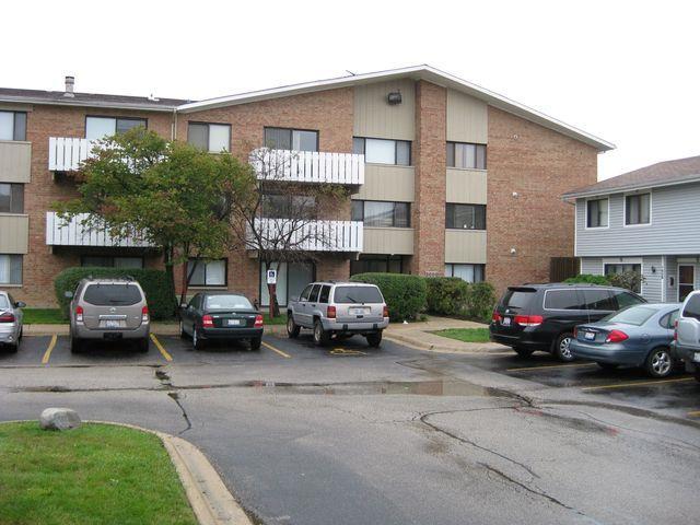 2000 Bayside Drive #307, Palatine, IL 60074 (MLS #10251720) :: Baz Realty Network | Keller Williams Preferred Realty