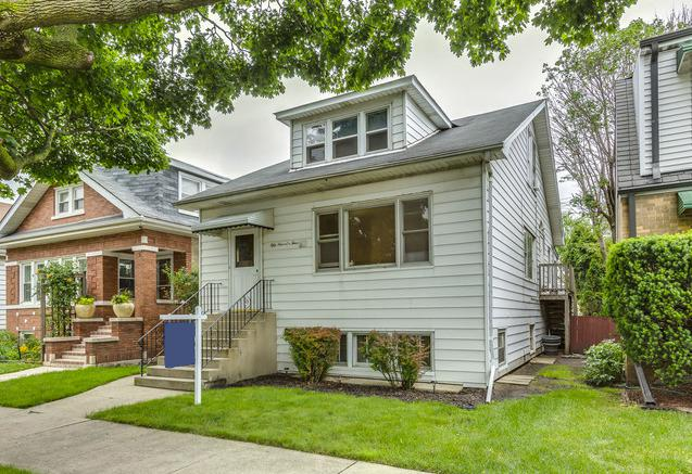 5904 W Giddings Street, Chicago, IL 60630 (MLS #10252028) :: The Jacobs Group