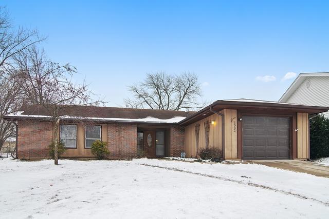 1532 Glen Lake Road, Hoffman Estates, IL 60169 (MLS #10252068) :: The Wexler Group at Keller Williams Preferred Realty
