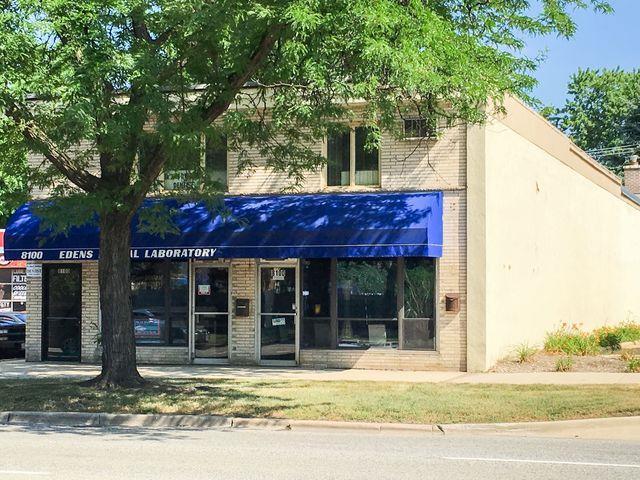 8100 Oakton Street, Niles, IL 60714 (MLS #10252122) :: Helen Oliveri Real Estate