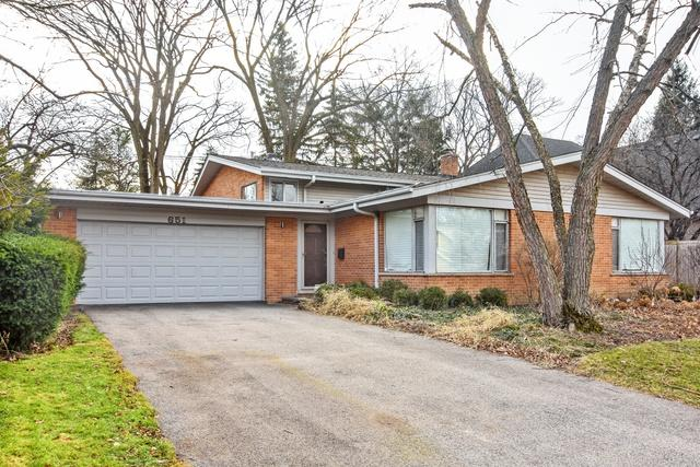 651 Colwyn Terrace, Deerfield, IL 60015 (MLS #10252177) :: T2K Properties
