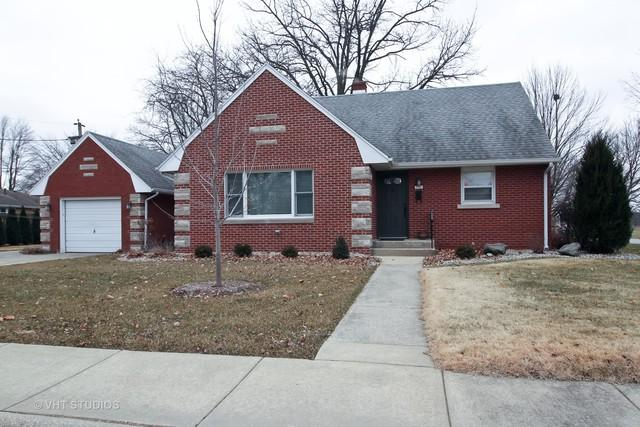 955 S 10th Avenue, Kankakee, IL 60901 (MLS #10252606) :: The Wexler Group at Keller Williams Preferred Realty