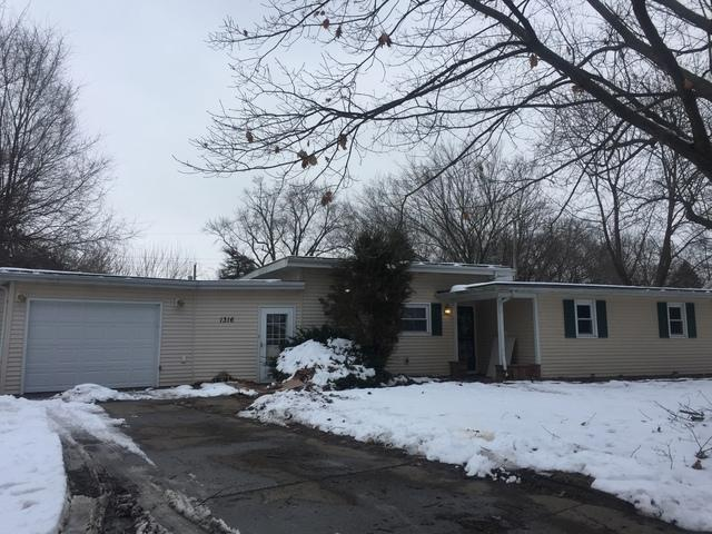 1316 N Lock Raven Road, Champaign, IL 61821 (MLS #10252735) :: The Wexler Group at Keller Williams Preferred Realty