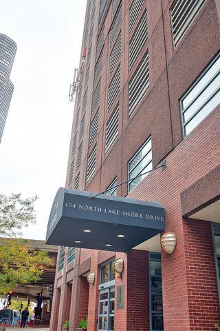 474 N Lake Shore Drive #5207, Chicago, IL 60611 (MLS #10252847) :: John Lyons Real Estate