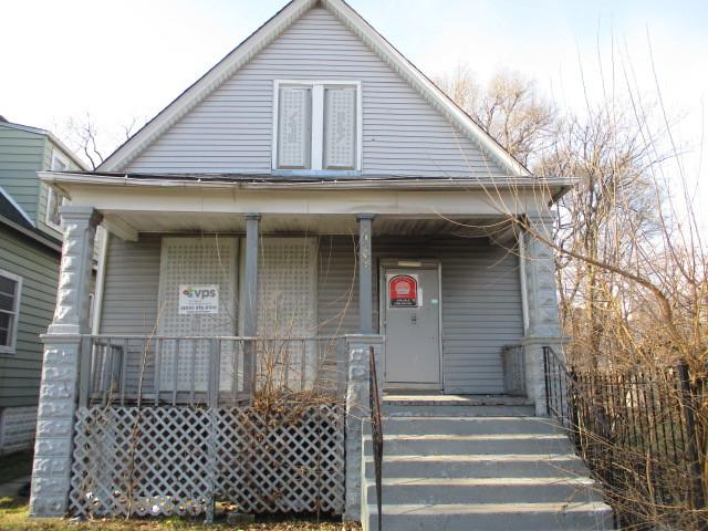 10736 S Edbrooke Avenue, Chicago, IL 60628 (MLS #10252891) :: The Jacobs Group