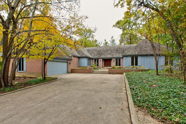 1339 Eastwood Lane, Northbrook, IL 60062 (MLS #10252894) :: Helen Oliveri Real Estate