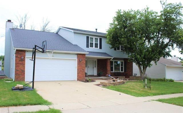 2003 Lake Bluff Road, Bloomington, IL 61704 (MLS #10253055) :: BNRealty
