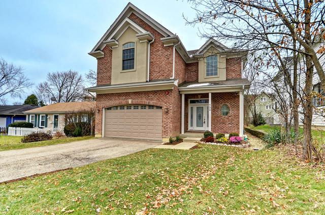 752 Prairie Avenue, Barrington, IL 60010 (MLS #10253061) :: T2K Properties