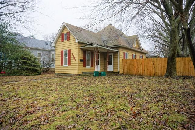 1005 E Main Street, Urbana, IL 61802 (MLS #10253432) :: Baz Realty Network | Keller Williams Preferred Realty