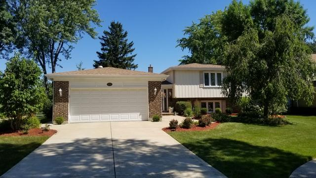 1004 W Brittany Drive, Arlington Heights, IL 60004 (MLS #10253515) :: The Wexler Group at Keller Williams Preferred Realty