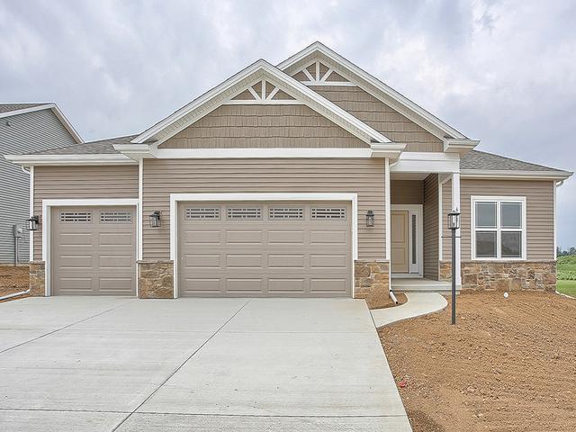 601 E Country Ridge Drive, Mahomet, IL 61853 (MLS #10253519) :: Ryan Dallas Real Estate