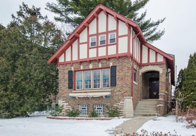 2511 W Fargo Avenue, Chicago, IL 60645 (MLS #10253641) :: The Jacobs Group
