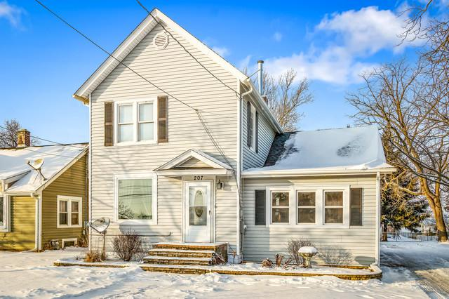 207 W Galena Street, Big Rock, IL 60511 (MLS #10253790) :: Baz Realty Network | Keller Williams Preferred Realty