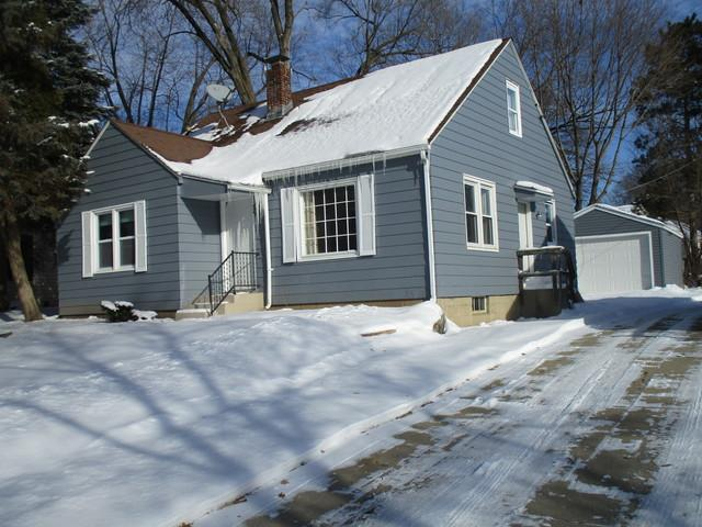 1710 Oregon Avenue, Rockford, IL 61108 (MLS #10254044) :: The Wexler Group at Keller Williams Preferred Realty