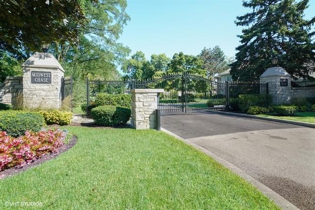 202 Roslyn, Oak Brook, IL 60523 (MLS #10254068) :: The Wexler Group at Keller Williams Preferred Realty