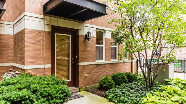 521 Chicago Avenue I, Evanston, IL 60202 (MLS #10254540) :: Janet Jurich Realty Group