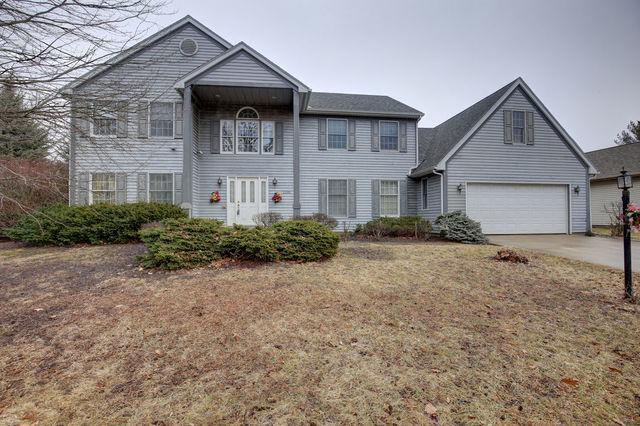 2302 Scottsdale Drive, Champaign, IL 61822 (MLS #10254946) :: Ryan Dallas Real Estate