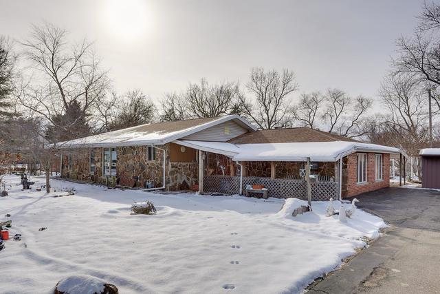 601 N High Street, BEMENT, IL 61813 (MLS #10255328) :: The Mattz Mega Group
