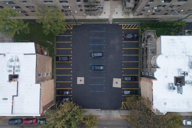 915 W Windsor Avenue Spc2, Chicago, IL 60640 (MLS #10255401) :: Leigh Marcus | @properties
