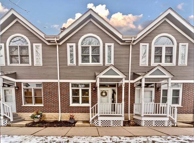 1152 W School Street #1152, Chicago, IL 60657 (MLS #10255424) :: Leigh Marcus | @properties