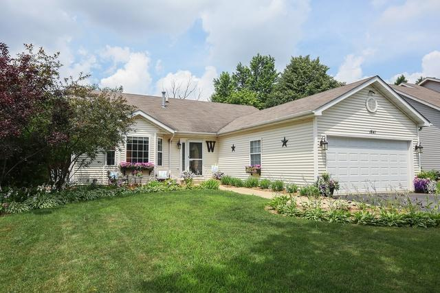 1841 Springside Drive, Crest Hill, IL 60403 (MLS #10255433) :: Leigh Marcus | @properties