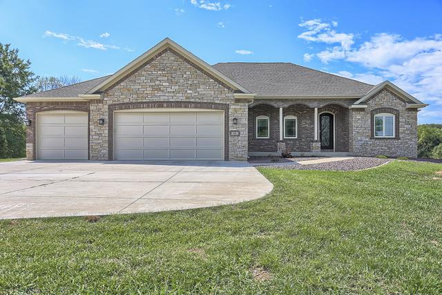525 CR 2550 N, Mahomet, IL 61853 (MLS #10255452) :: The Mattz Mega Group